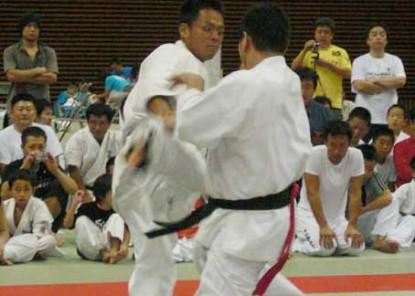 2008年新極真中四国交流試合決勝藤田選手